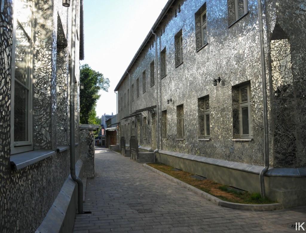 Mozaika na kamienicy w Pasażu Róży, Łódź