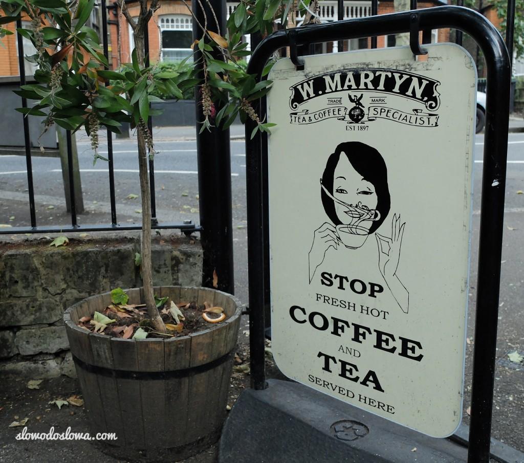 ChrisKitch, Muswell Hill, serwuje kawę W. Martyn