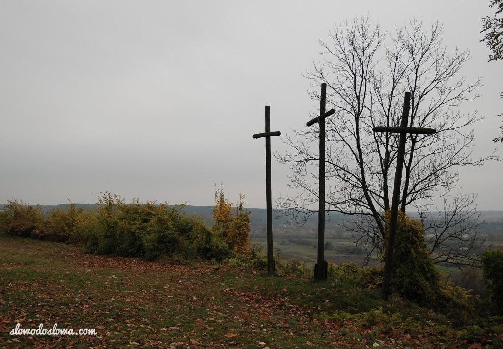 Trzy Krzyże, Janowiec
