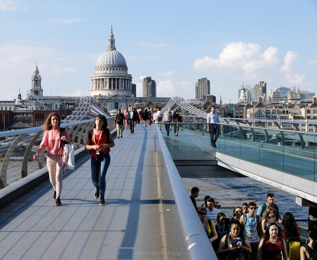 Milenium Bridge, London