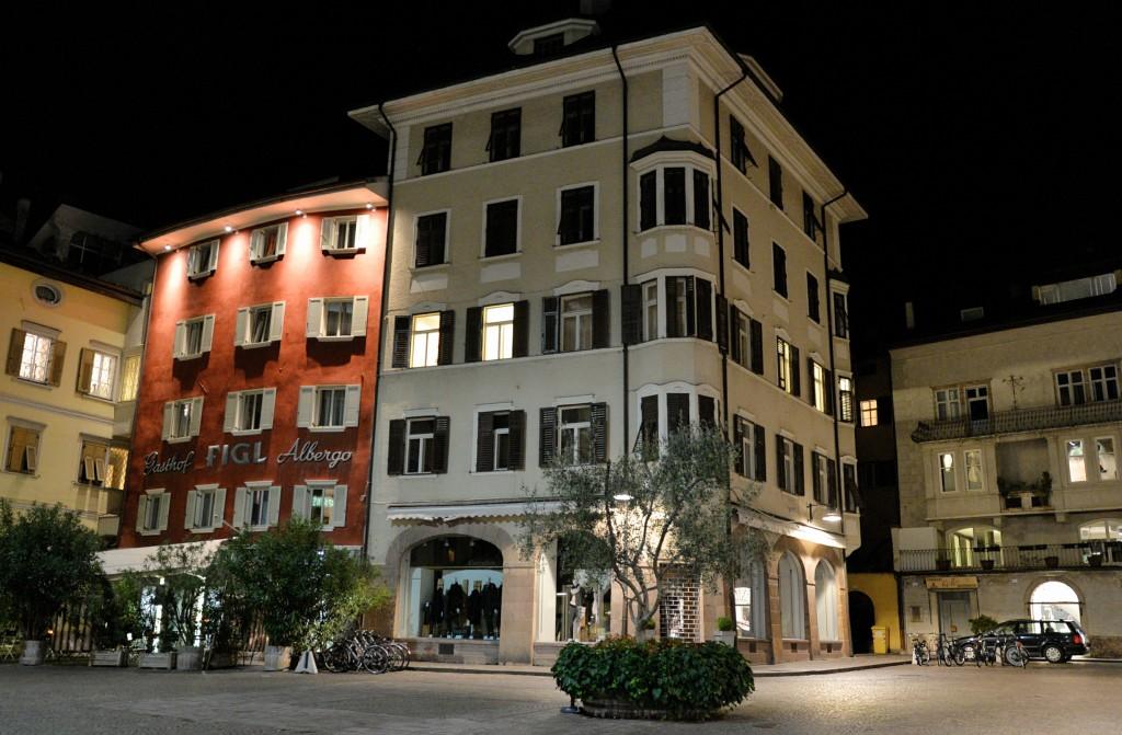 Bolzano nocą