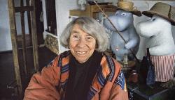 Tove Jansson in her studio in 1992.