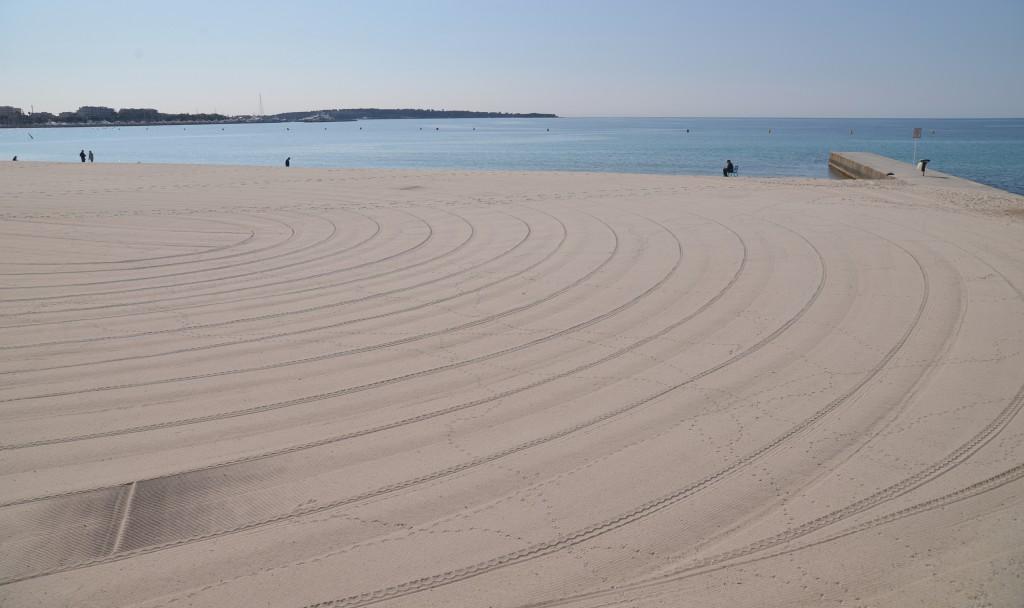 #Cannes - piaszczysta plaża