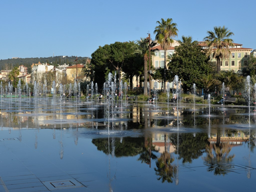 #Nicea - Fontanna-Lustro wody