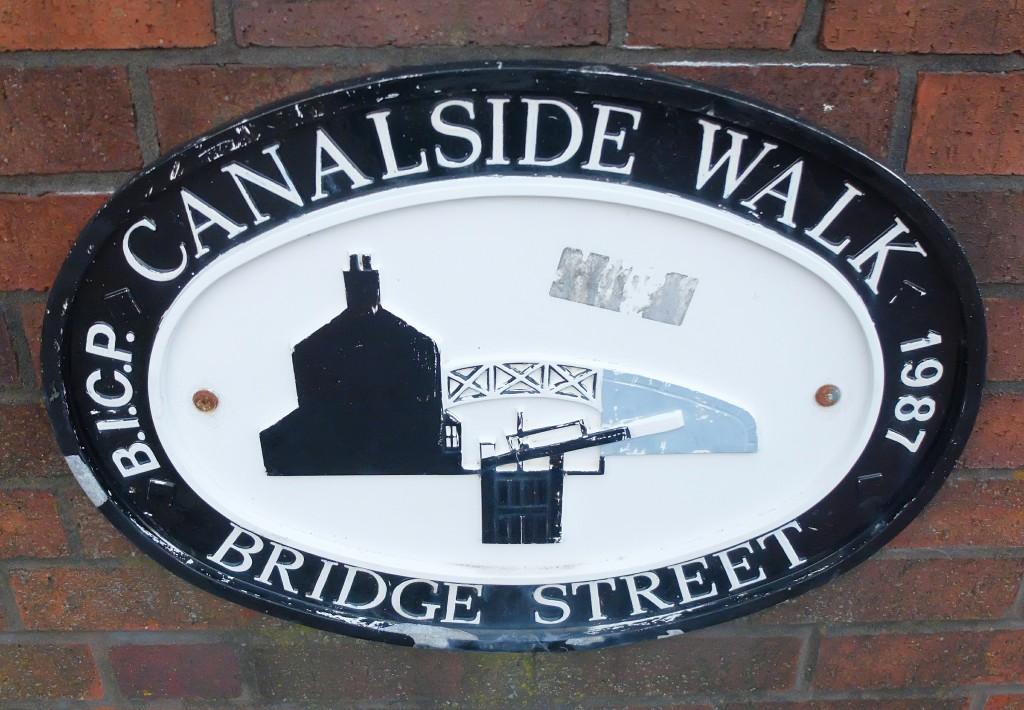 Canalside Walk