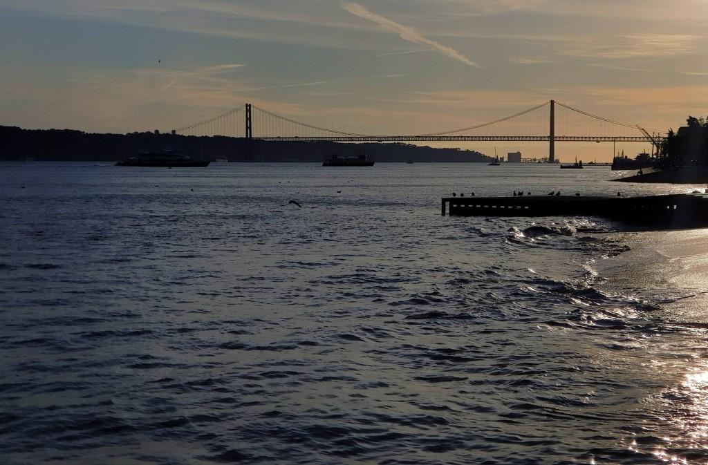 Most 25.04, Lizbona