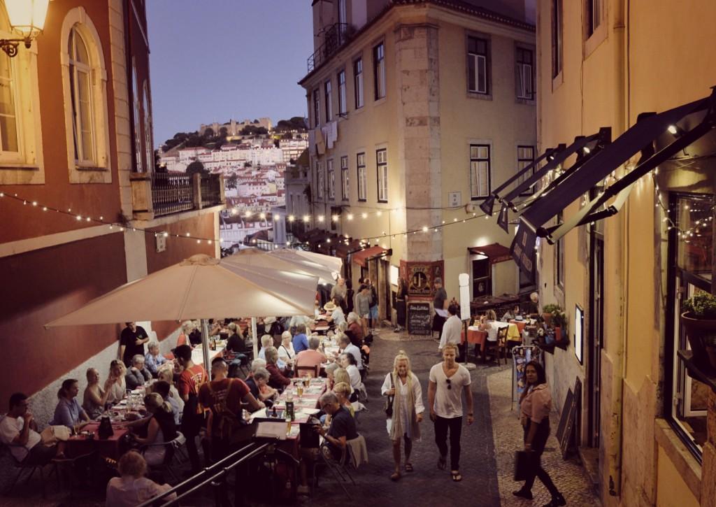 Bairro Alto nocą, Lizbona