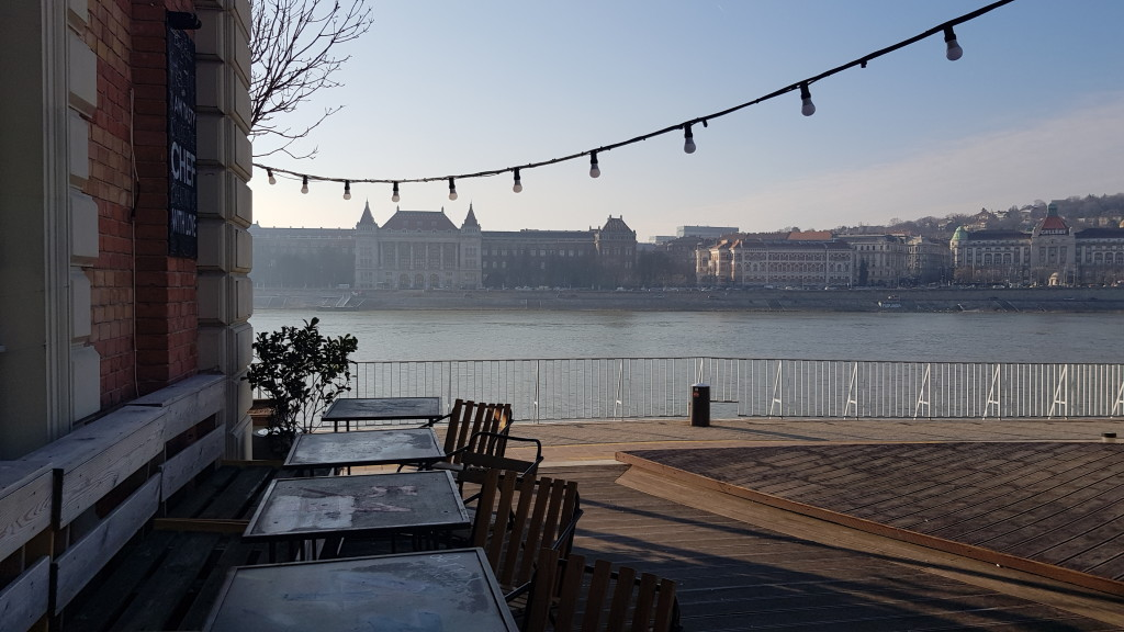 1. Nad Dunajem w Peszcie