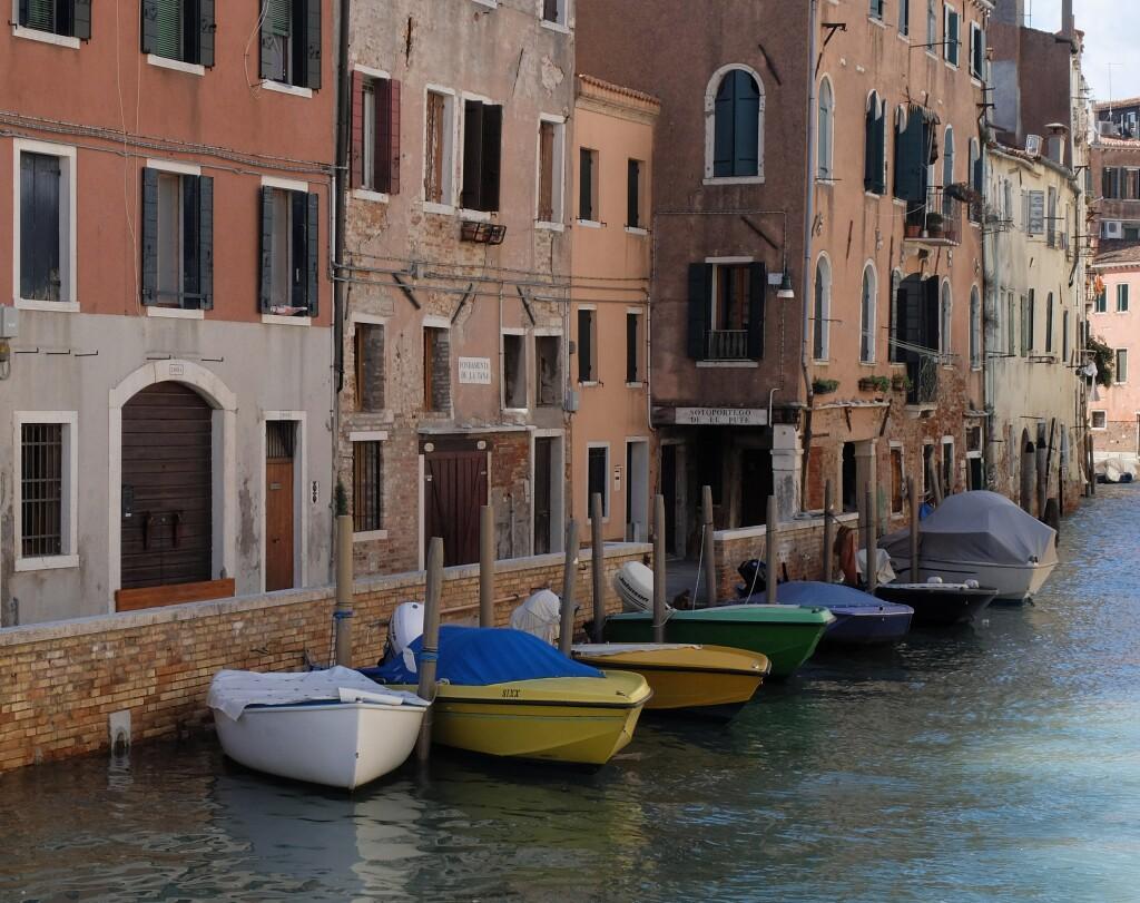 Wenecja - łodzie