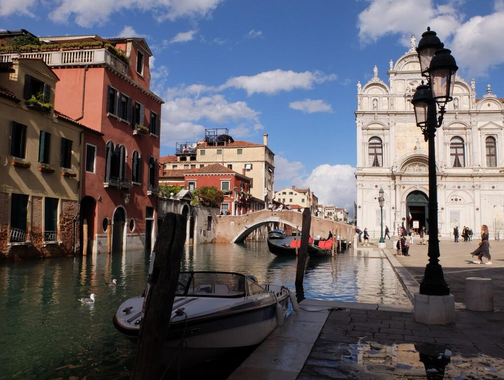 Wenecja - nad kanałem