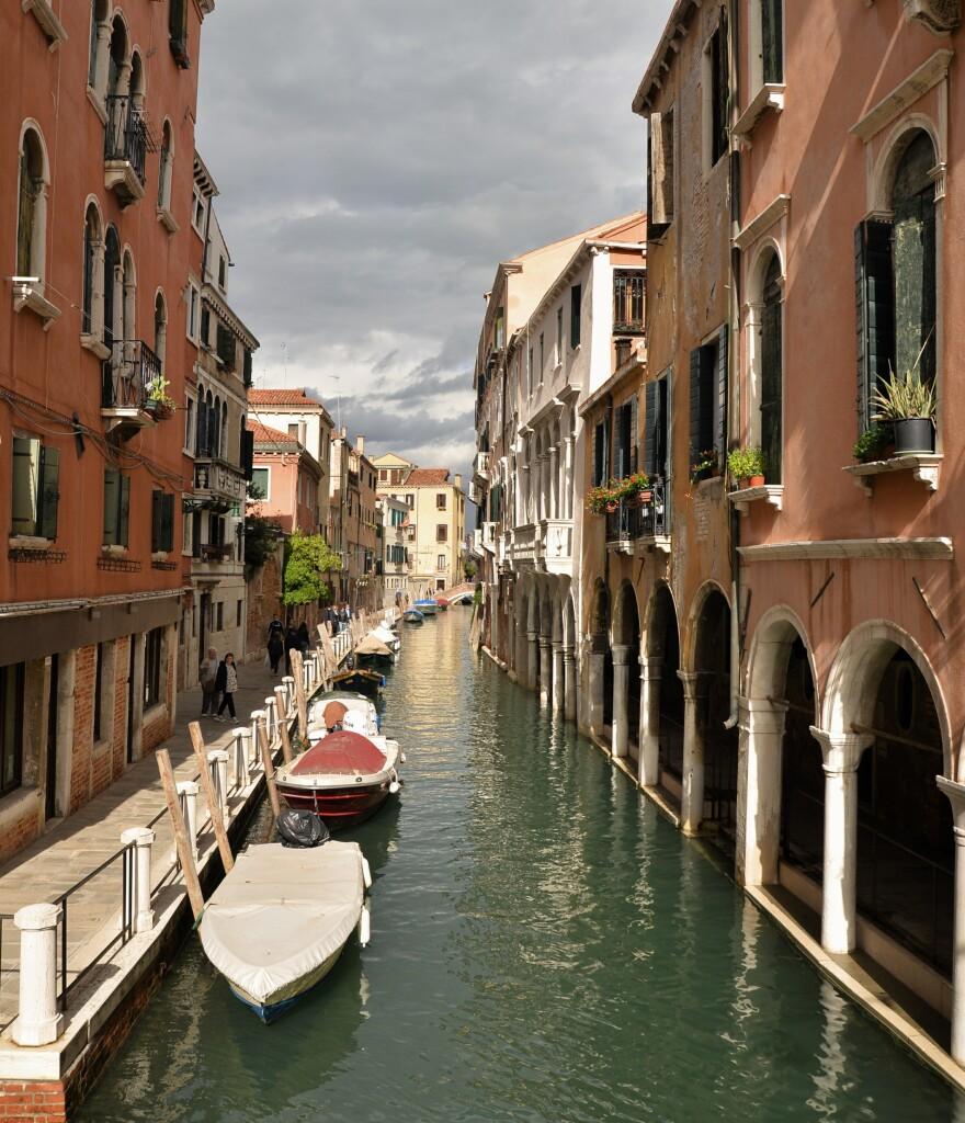 Wenecja - spacer kanałem