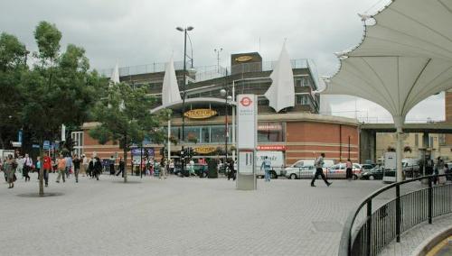 Stratford w 2004