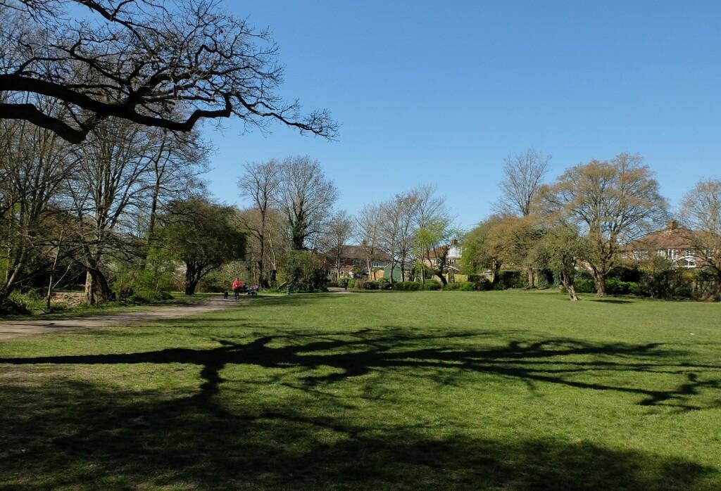 1. Blisko Woodside Park